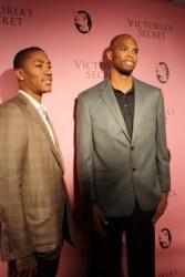 Derrick Rose (Left) & Taj Gibson