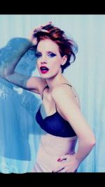 Jessica-Chastain-ghost-huntmen-england-sexy-redhead-