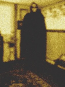 amityville-ghost-boy-photo-real-1922-seance-ireland-ocean-ave-rocks-real-scary-hood-halloween